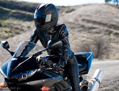 Фото девушки на аву на мотоцикле