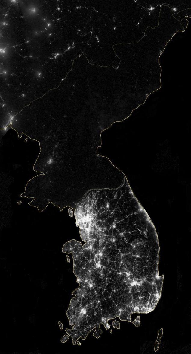 преподнес фото северной кореи ночью из космоса был данный
