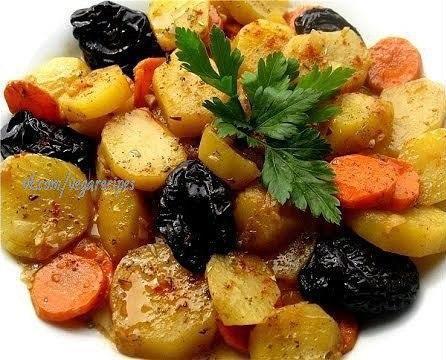 Картофель с черносливом рецепт