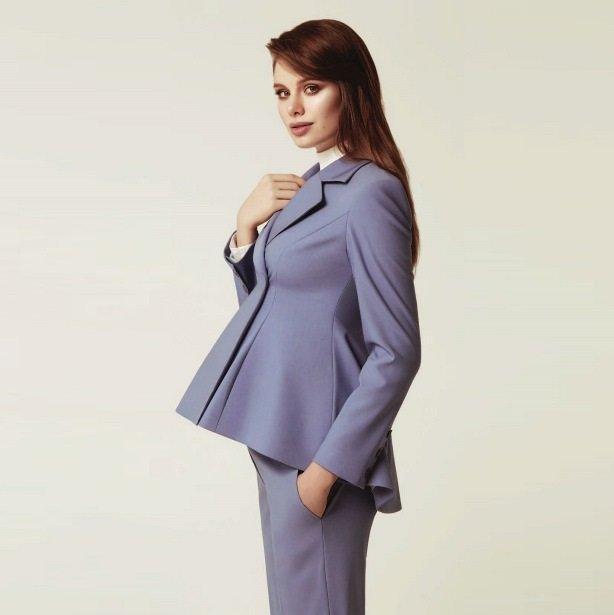 b5868b466cb3f Ropa elegante para mujeres embarazadas  una gran selección de ...