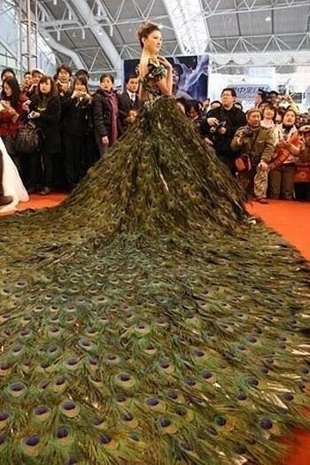 vestido de boda inusual cosido en china.. página 1