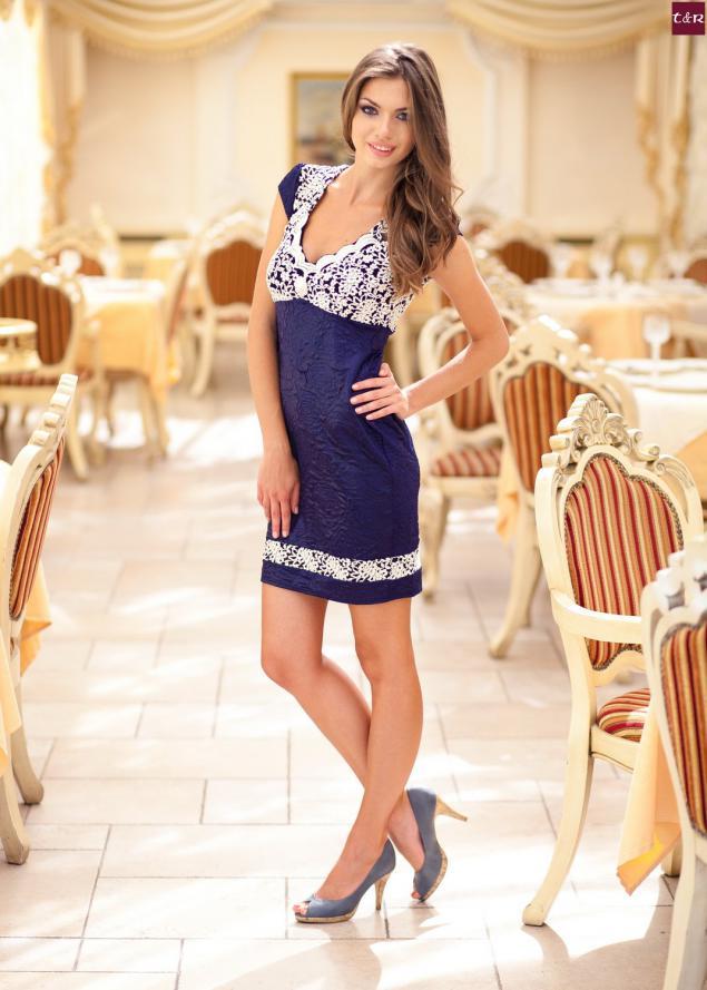 Chicas con vestidos hermosos