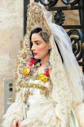 Dita Von Teese In A Wedding Dress The Russian Style By Lacroix Page 1