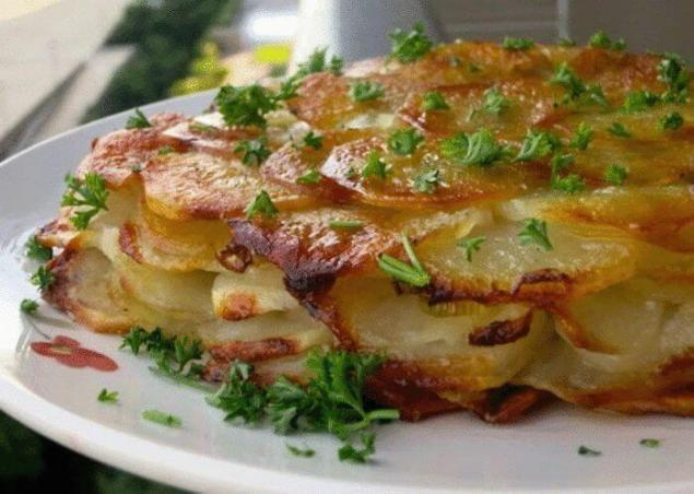 Какой салат приготовить из яблок и сыра