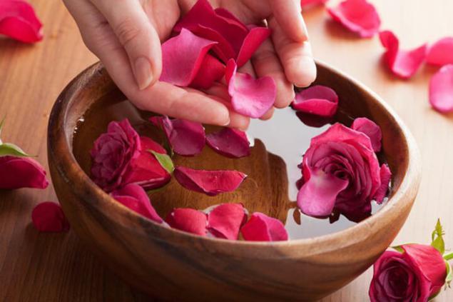 Косметика из лепестков роз своими руками