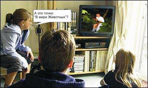 devushki-v-dushevoy-golie