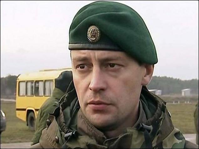 fef6fbaeea74e Soldados exploración de las tropas interiores son boina verde. El derecho a  llevar éste toma debe ganar