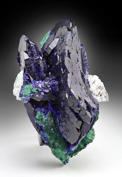 Colección de hermosas minerales raros y piedras. Página 1