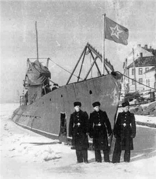 25 ноября в одессе пройдет день памяти легендарного моряка-подводника, командира подводной лодки александра маринеско