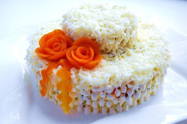Вкусные и необычные салаты на день рождения