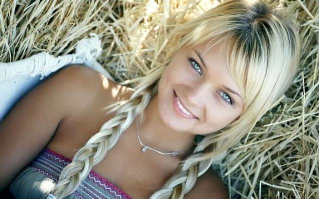 красивая киска блондинки