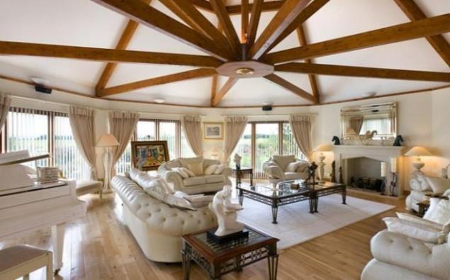 una colecci n de elegantes interiores de casas y fincas