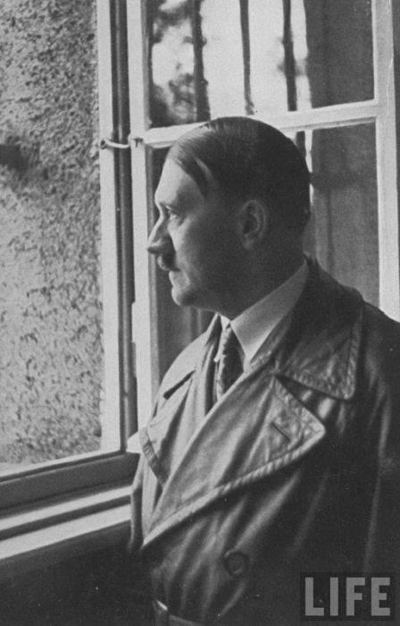 Very Rare Photos Of Adolf Hitler Page 1