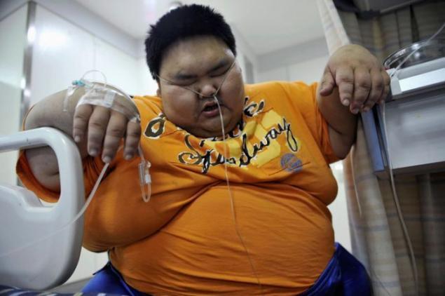 Hombre gordo con chica pequenha - 5 5