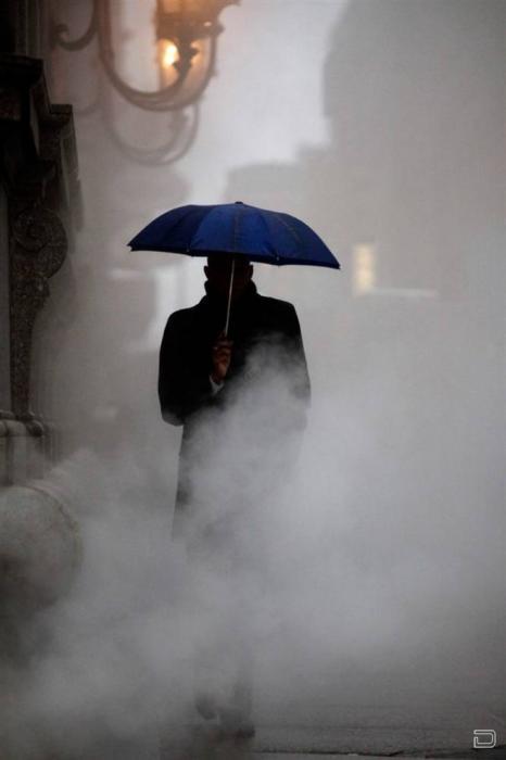 Картинки человек с зонтом