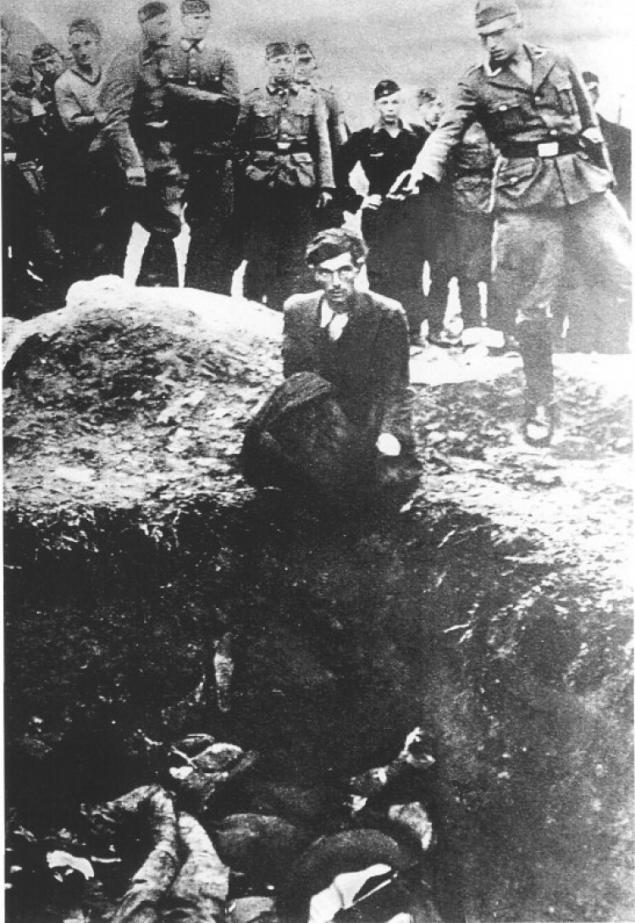 希特勒对乌克兰犹太人一律杀无赦,不接受他们投降和求饶