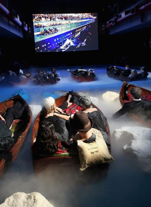 Titanic Engine Room Underwater: Real Titanic 3D. Page 1