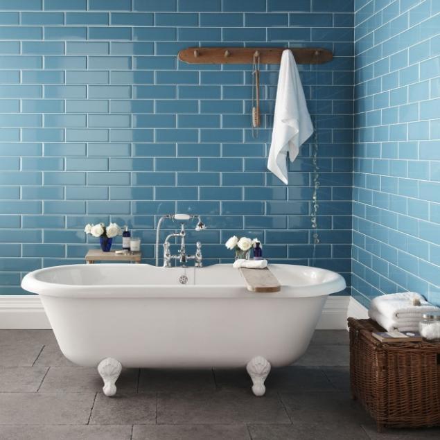 Bathroom tiles blue colour