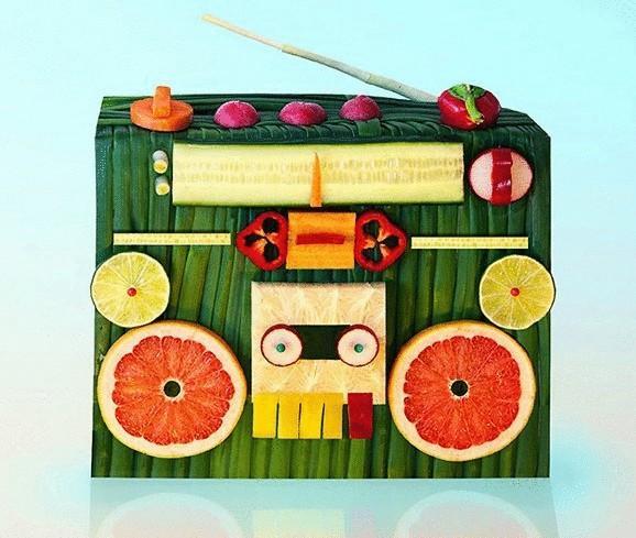 Delicious art Dan Cretu: sculptures from vegetables, fruits and