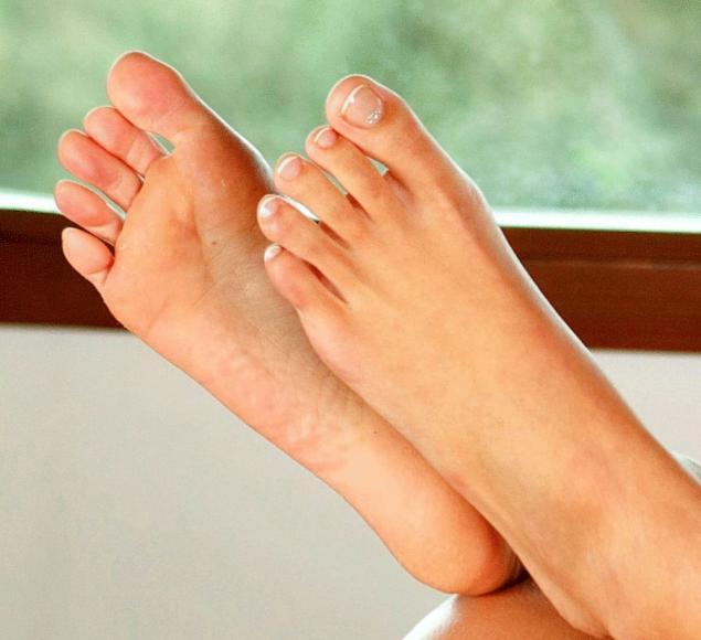 красивые пальцы ног фото