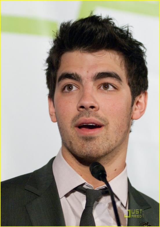 The Most Elegant Men In Hollywood Eyebrows Page 1