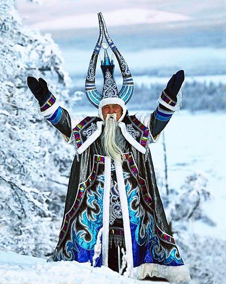 дед мороз летит на русской тройке картинка: