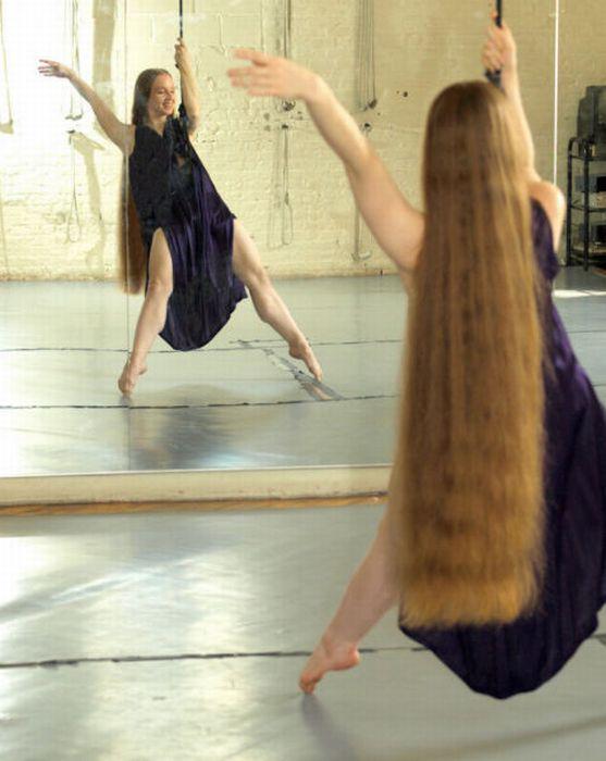 长发姑娘 - 长辫子图片