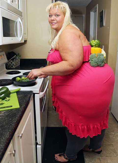 фото пожилые тети с большими сисями