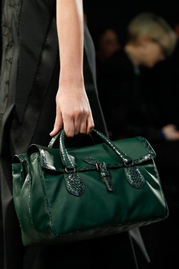 Dior Диор сумки: купить женскую кожаную сумку Dior, 2017