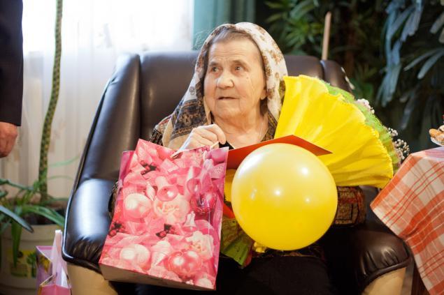 Подарок бабушке на 79 лет 6