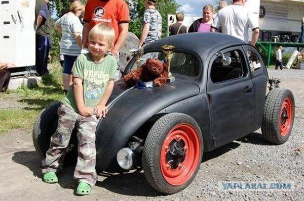 Подарок сына отцу автомобиль