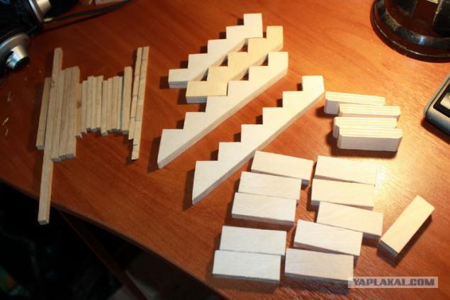 Как сделать лестницу для кукольного домика