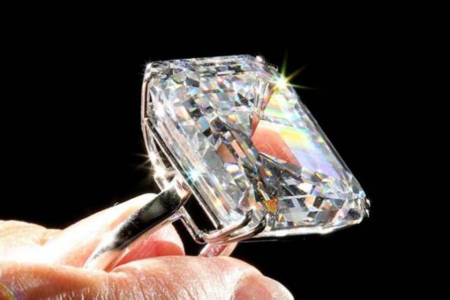 Anillo de diamante mas grande del mundo