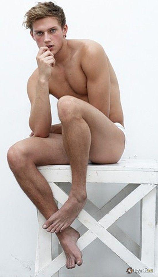 Картинки мужчин полу голые