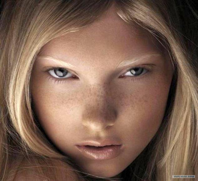 Сперма на лице рыжеволосой соски 12 фотография