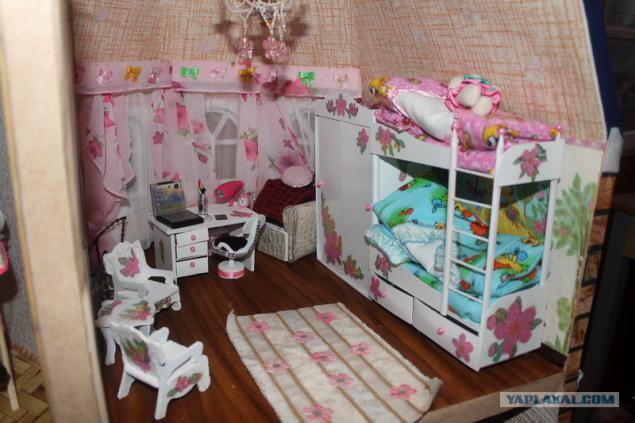 Как сделать комнату для куклы если нет коробки