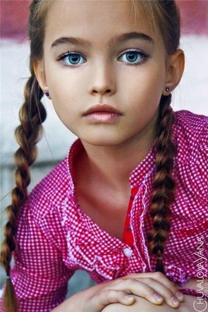 юная фотомодель: